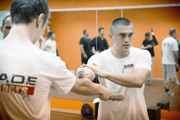 тренировки по ножевому бою
